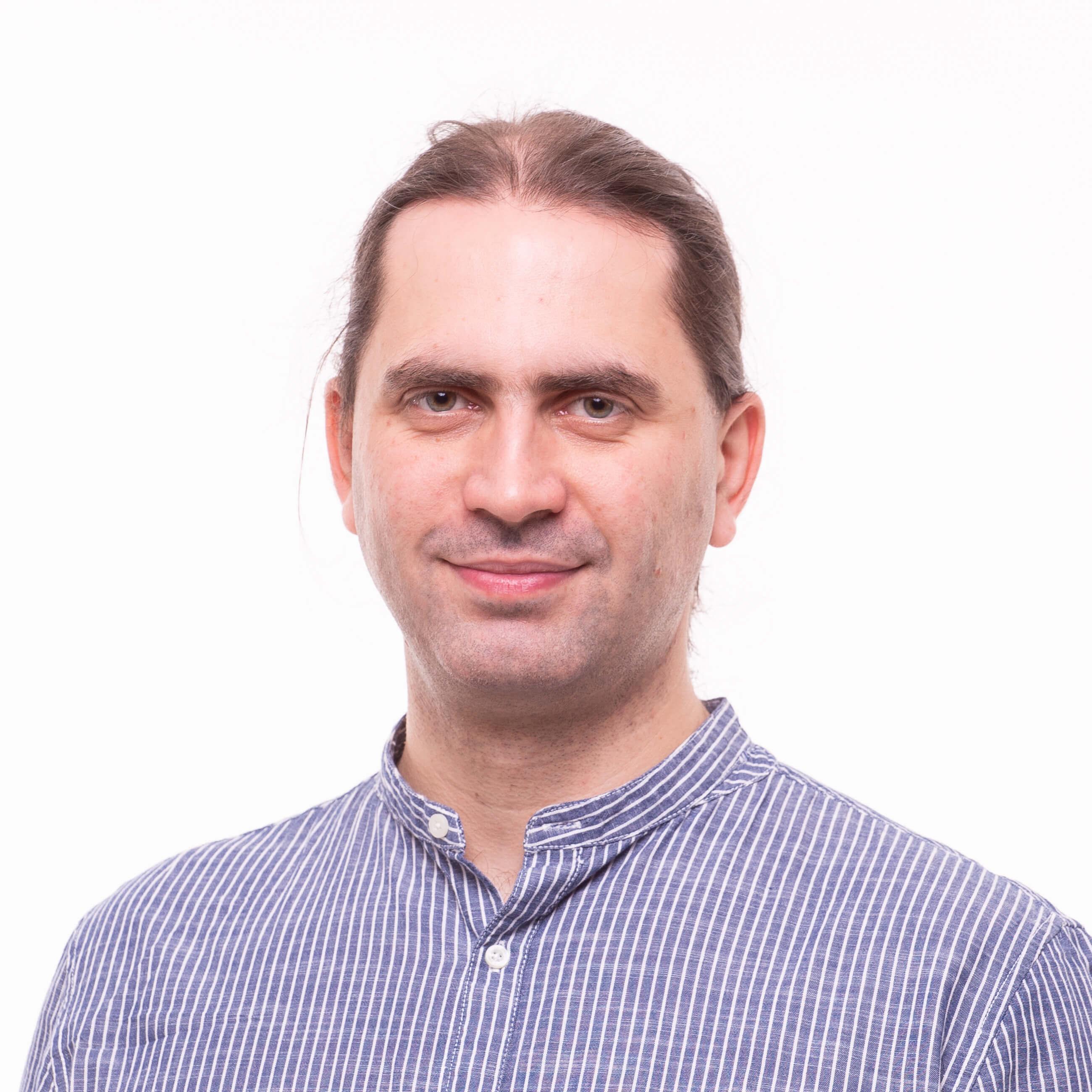 Robert Csizmar